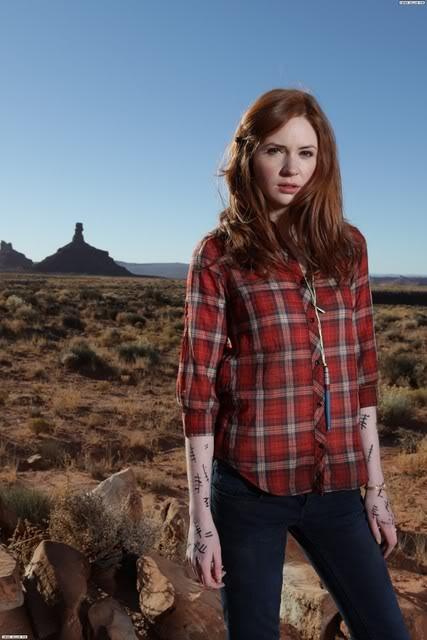 Red tartan shirt  sc 1 st  Ginger Parrot & Halloween Costumes For Gingers: Amy Pond | Ginger Parrot