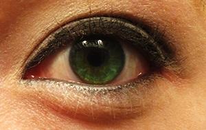 Grey - Smoky Eye