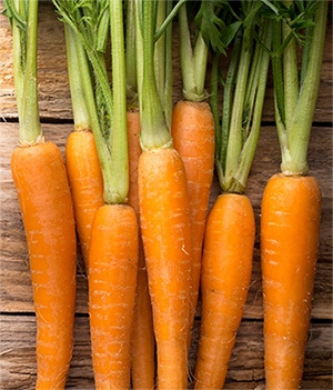 How-to-use-carrots-to-boost-red-hair