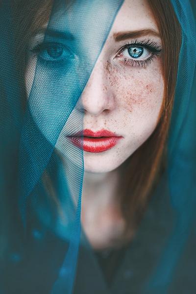 Maja-Topcagic-Freckles-Redheads-Blue