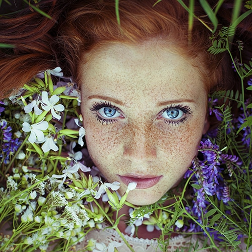 Maja-Topcagic-Freckles-Redheads-flowers