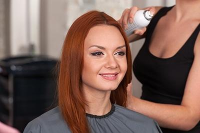 Redhead-hairspray