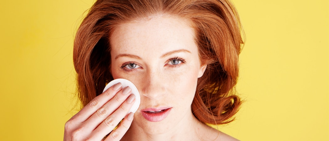 10 Beauty Benefits of Coconut Oil For Redheads | Ginger Parrot